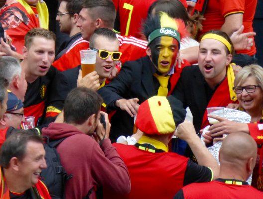 Des supporters aux couleurs de la Belgique