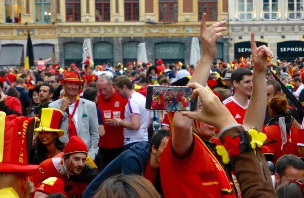 La Grand Place aux couleurs de la Belgique grâce aux diables rouges