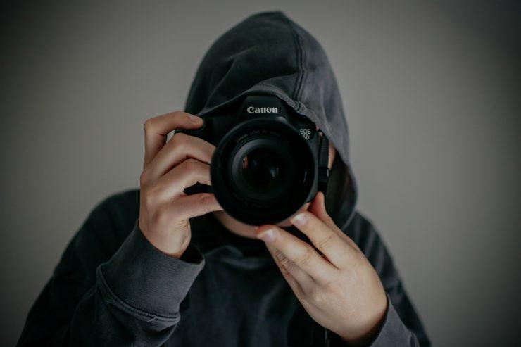 Un photographe en pleine action