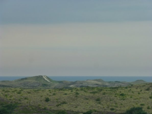 La Mer du Nord en arrière-plan de dunes