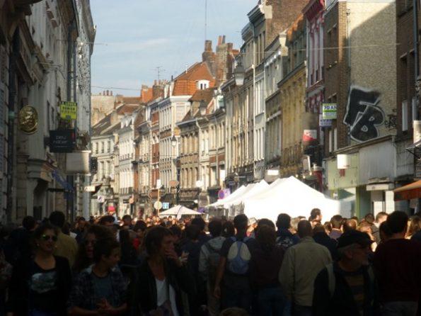 La foule dans une rue