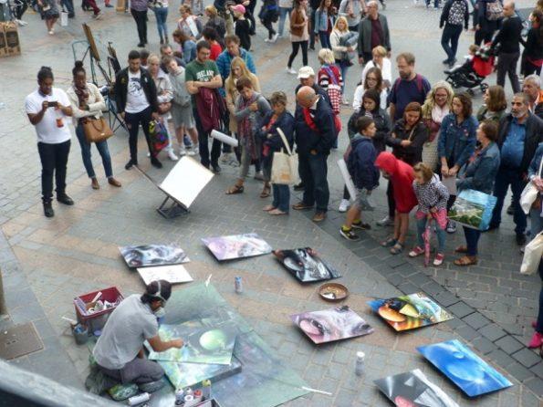 Street art lors de la braderie de Lille 2017