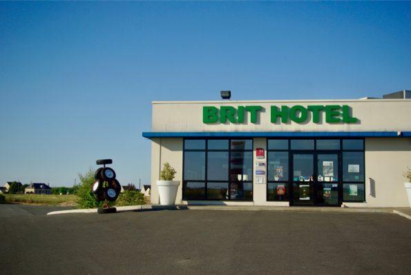 Le Brit Hotel, qui contient le musée de la N7 ©Clara Delcroix