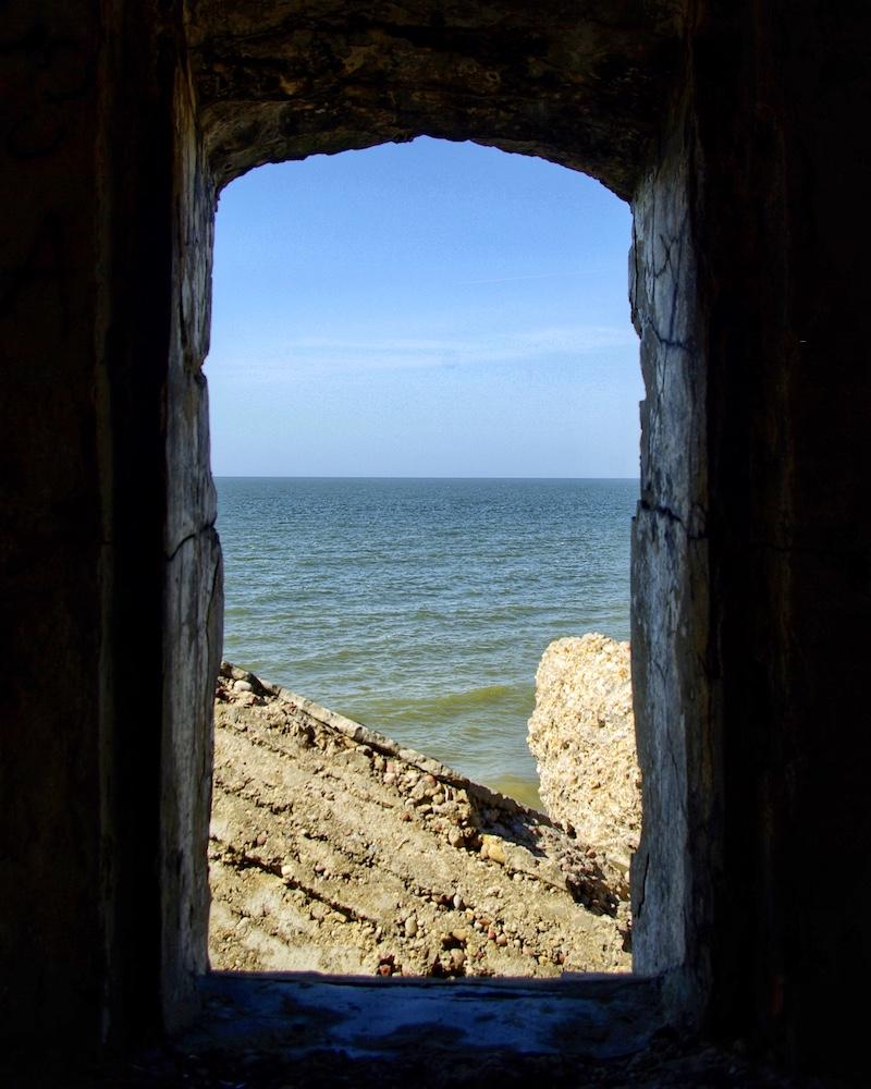 Fort sur la mer Baltique, Karosta, Lettonie © Clara Delcroix