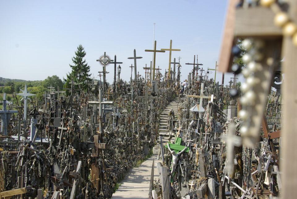 Colline des croix, Lituanie © Clara Delcroix